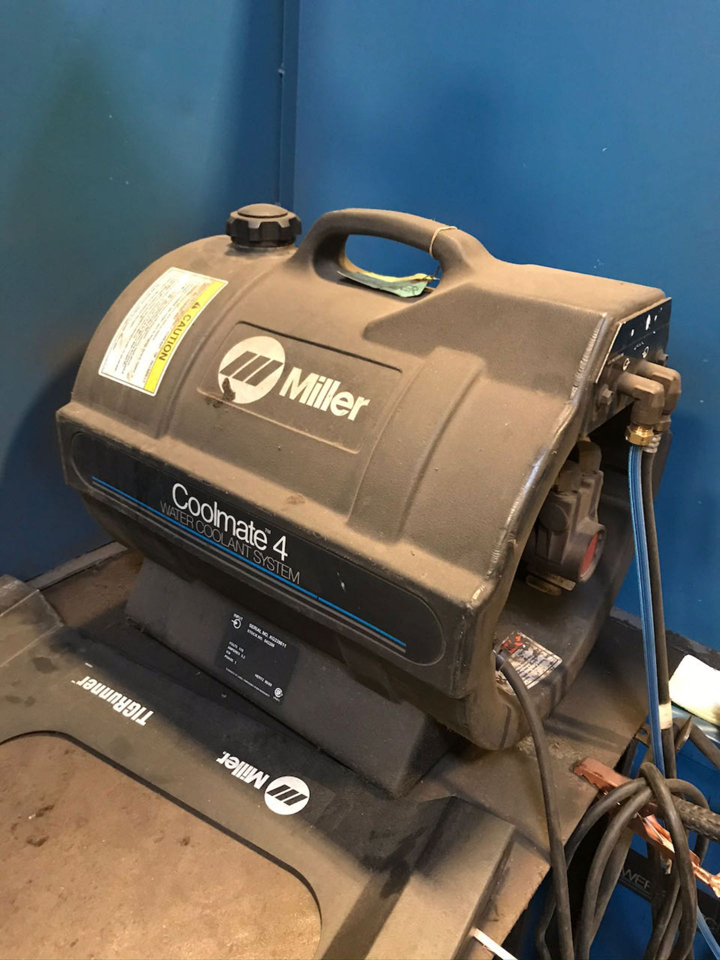 Miller Syncrowave 250 welder with working station - Image 3 of 3