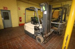 Crown Sit-Down Electric Forklift, with 36 Volt Battery, with 2-Stage Mast with Side Shift (NOTE: