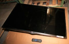 """LG 47"""" TV, Model 47LN5750, with Wall Mount &Remote (INV#78244)(Located @ the MDG Showroom - Pgh.,"""