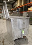 """Chester Jensen 5 ft L x 42"""" W x 42"""" D Square S/SChill Tank, Size P-1000ZER, SN 1211, with Hinged"""