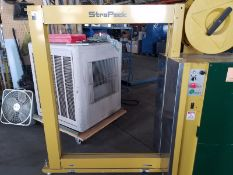 Stra Pack RQ-84 arch strapping machine, S/N 30004106, yr. 2006, volt 110 (Located Fort Worth, TX)