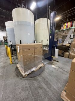 2015 ROBOPAC TURNTABLE PALLET WRAPPER, MODEL ECOPLAT PLUS, S/N 30137361, 110/130 V