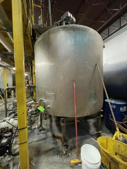 S/S JACKETED MIXING KETTLE WITH TOP MOUNT AGITATION (JACKET PATCHED)