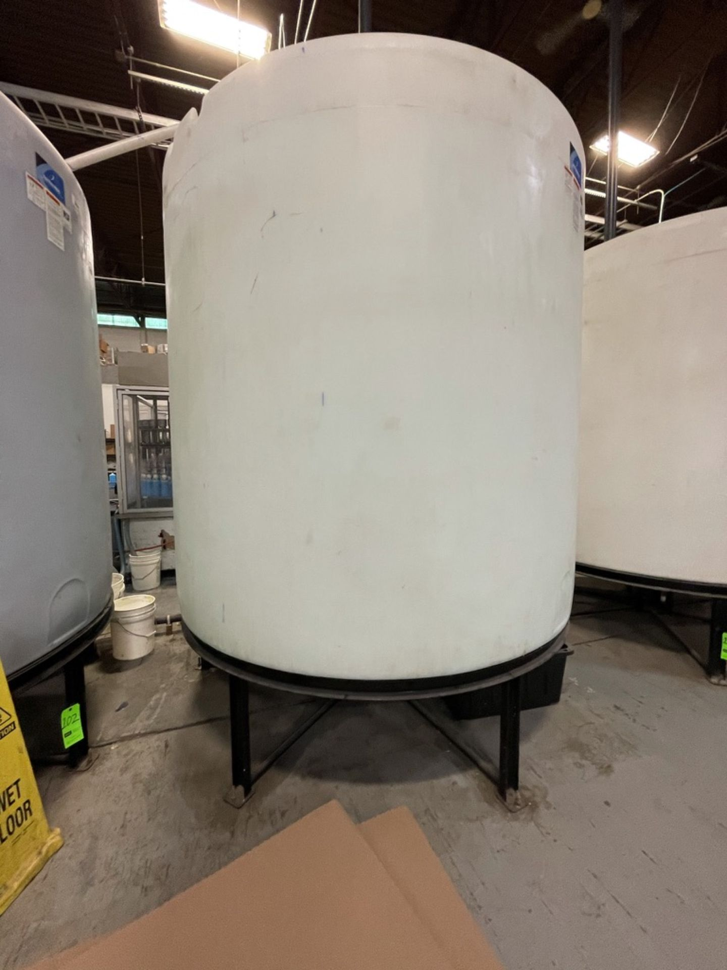 ACE ROTO MOLD APPROX. 2,200 GALLON TANK WITH STEEL FRAME - Image 4 of 4
