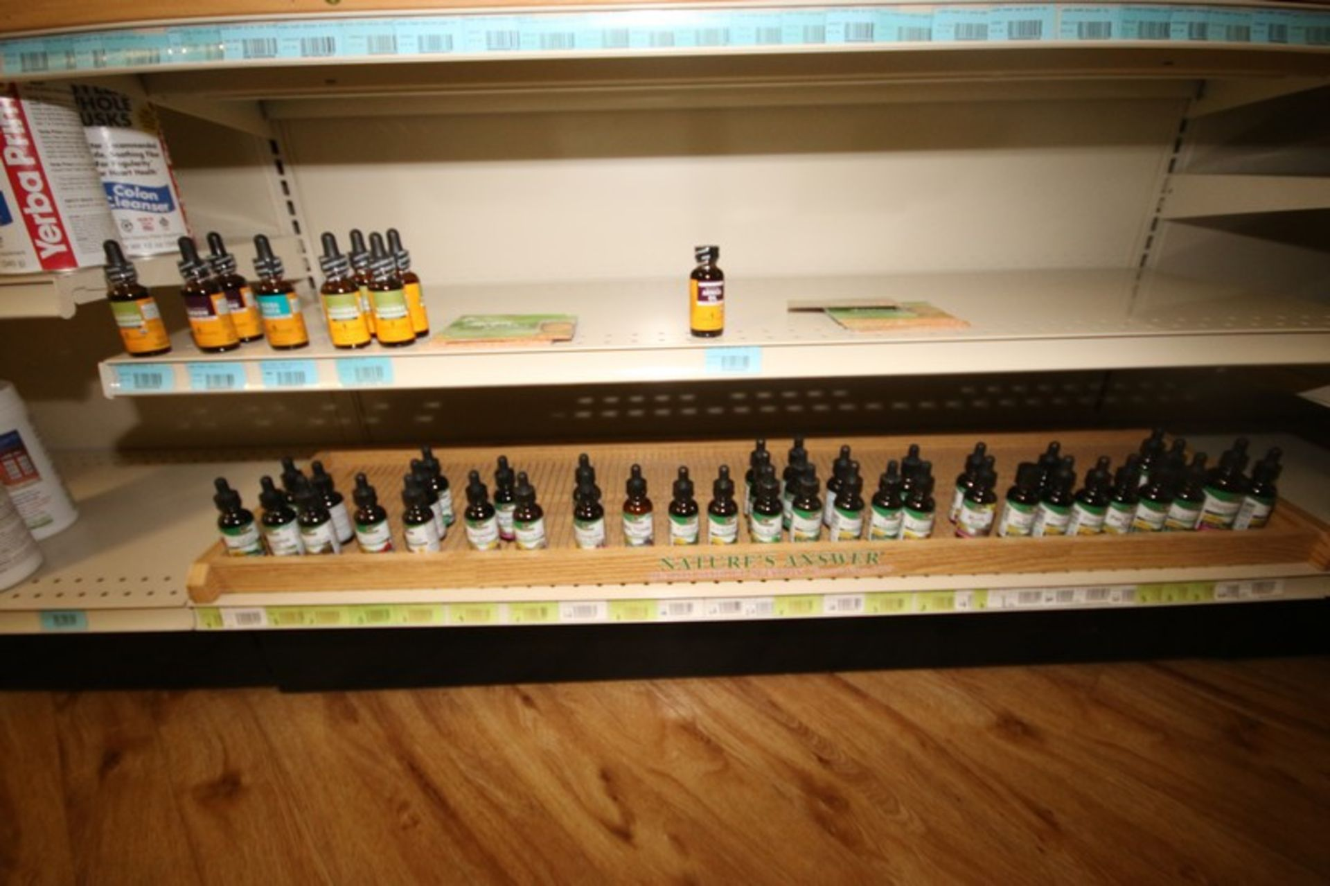 STORE INVENTORY! FULL LIST AVAILABLE SOON! (NOTE: Must be Paid for in Full & Picked Up by End of Day - Image 106 of 109