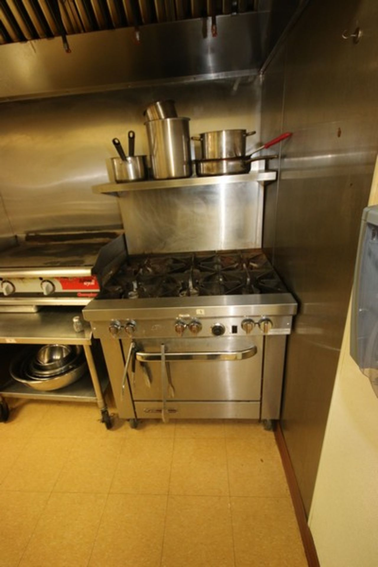Southbend S/S 6-Burner Stove Top & Oven, S/N 10K13111, with S/S Top Shelf, Mounted on Portable Frame - Image 2 of 5