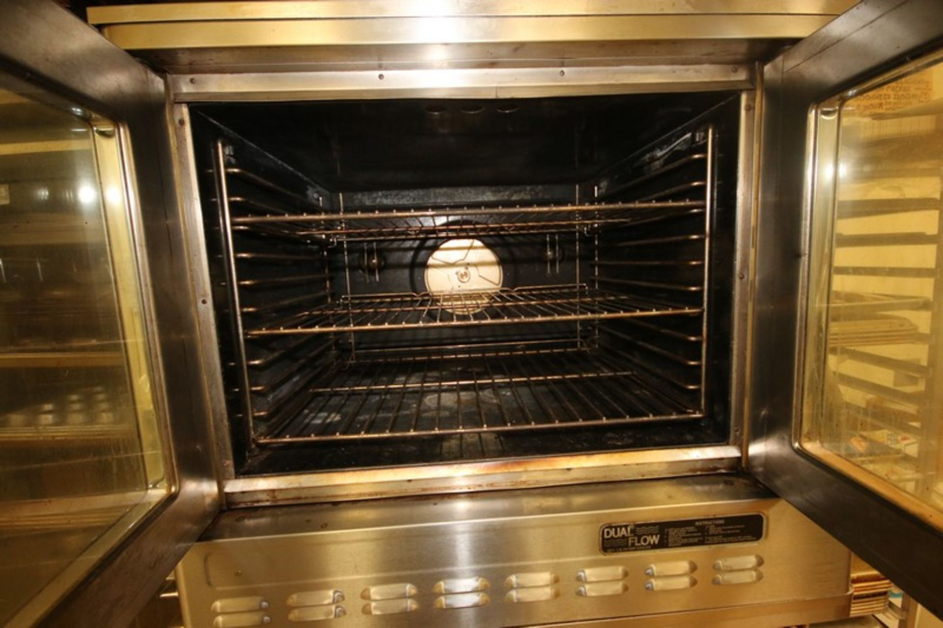Blodgett Double Deck S/S Oven, with (3) Internal Wire Shelves In Each Compartment, Mounted on - Image 3 of 5