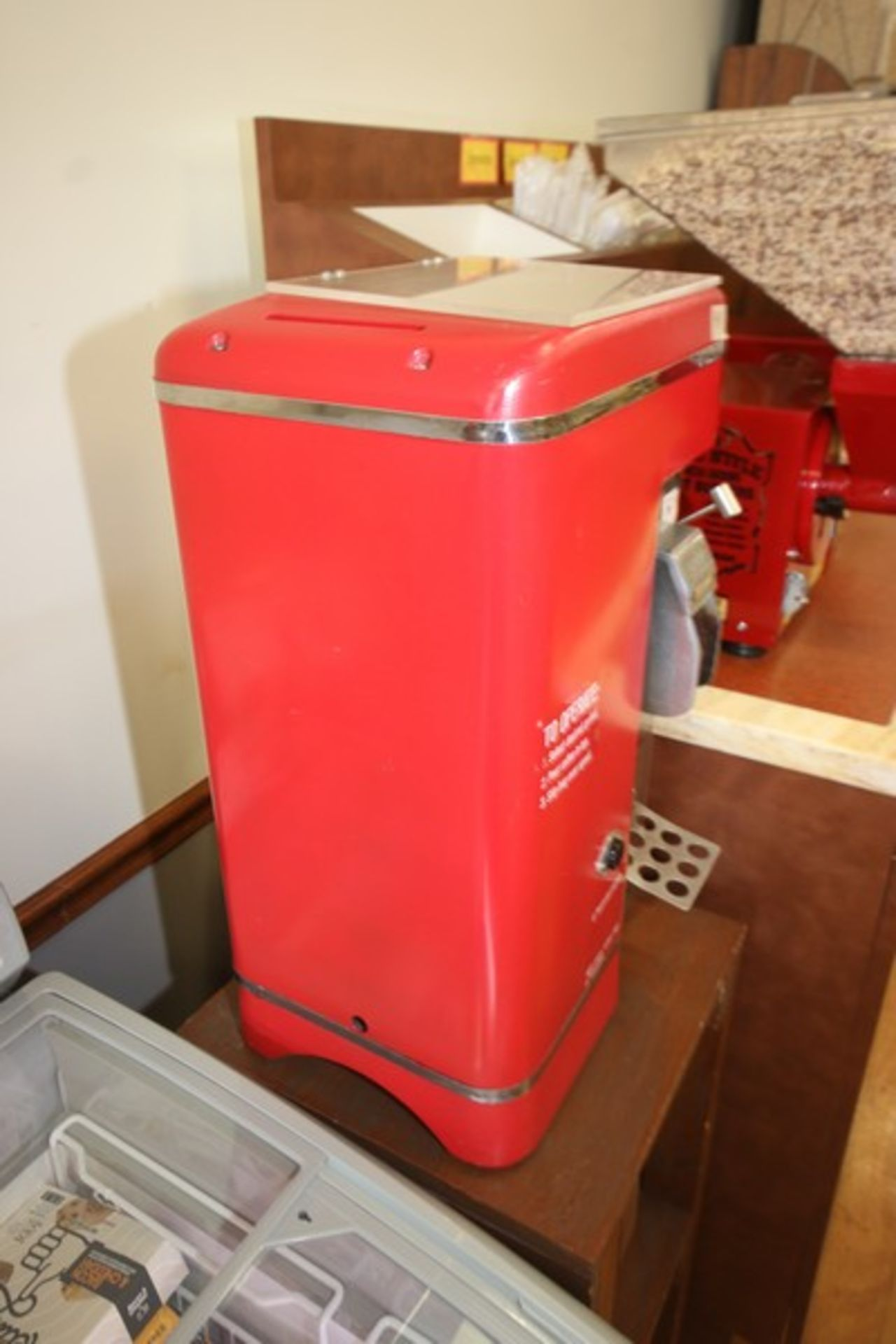 Grindmaster Coffee Grinder, M/N 500, S/N 33334, 115 Volts, with 1/3 hp Motor (Located in McMurray, - Image 2 of 4