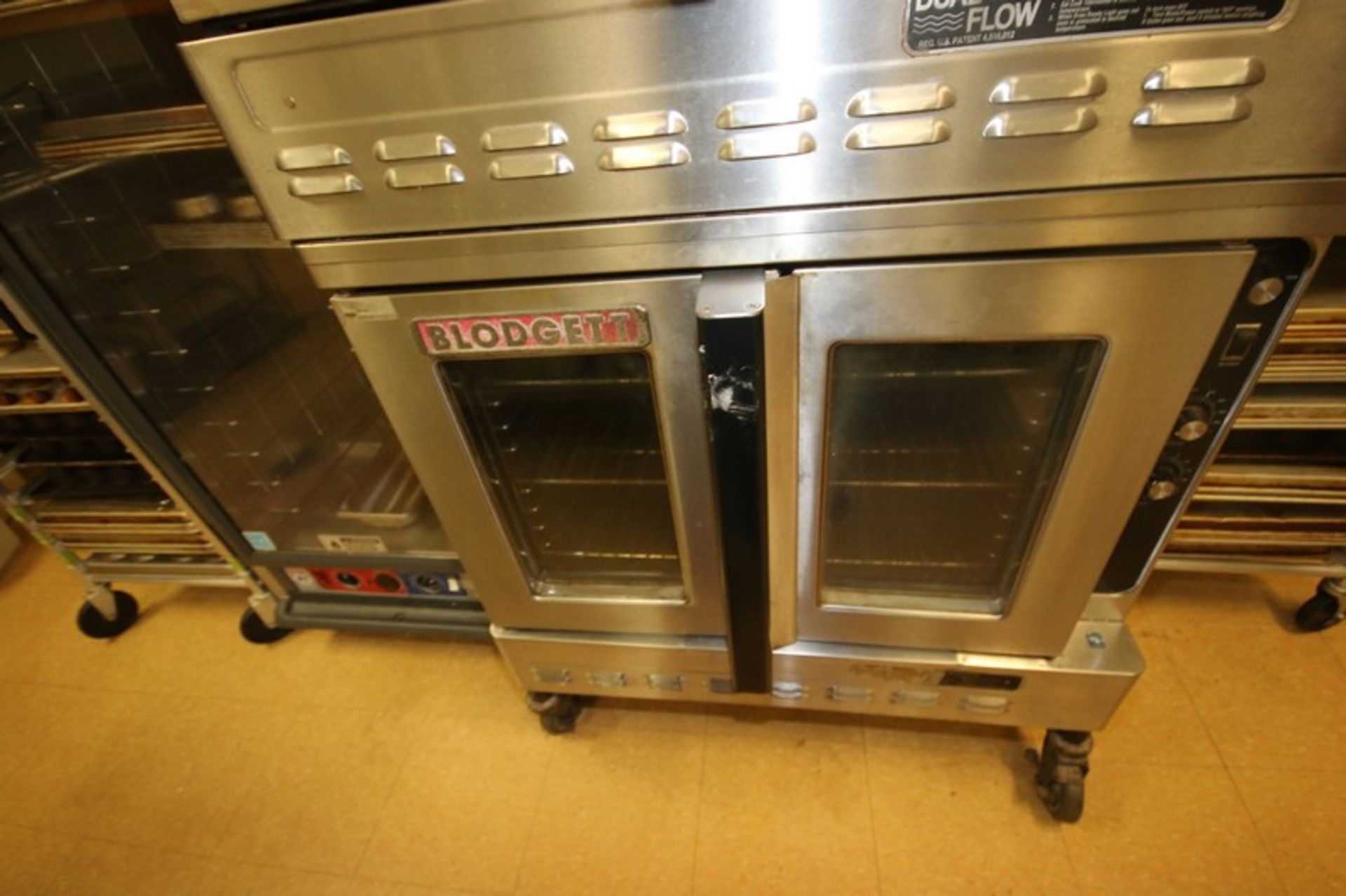 Blodgett Double Deck S/S Oven, with (3) Internal Wire Shelves In Each Compartment, Mounted on - Image 4 of 5