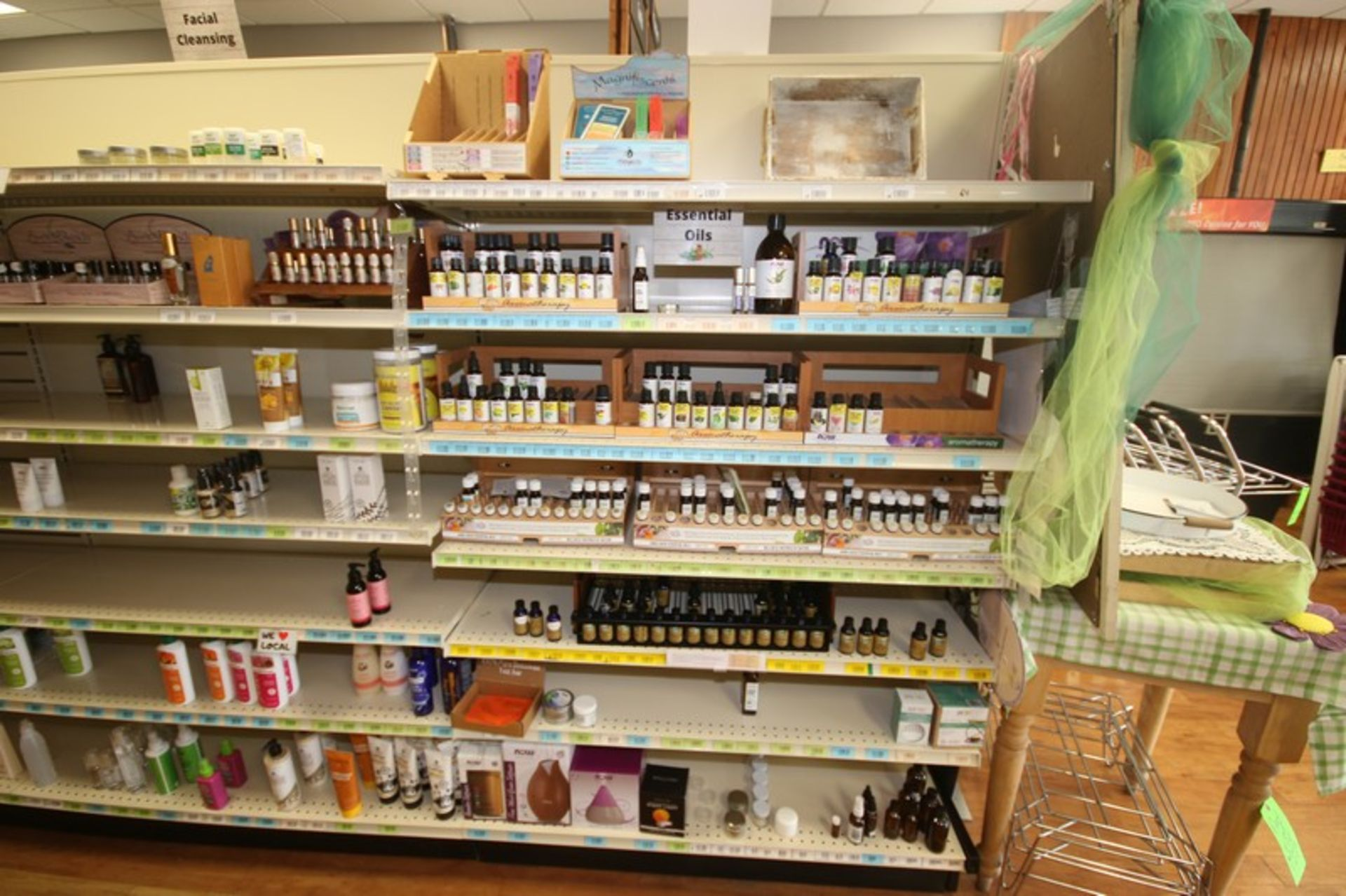 STORE INVENTORY! FULL LIST AVAILABLE SOON! (NOTE: Must be Paid for in Full & Picked Up by End of Day - Image 2 of 109