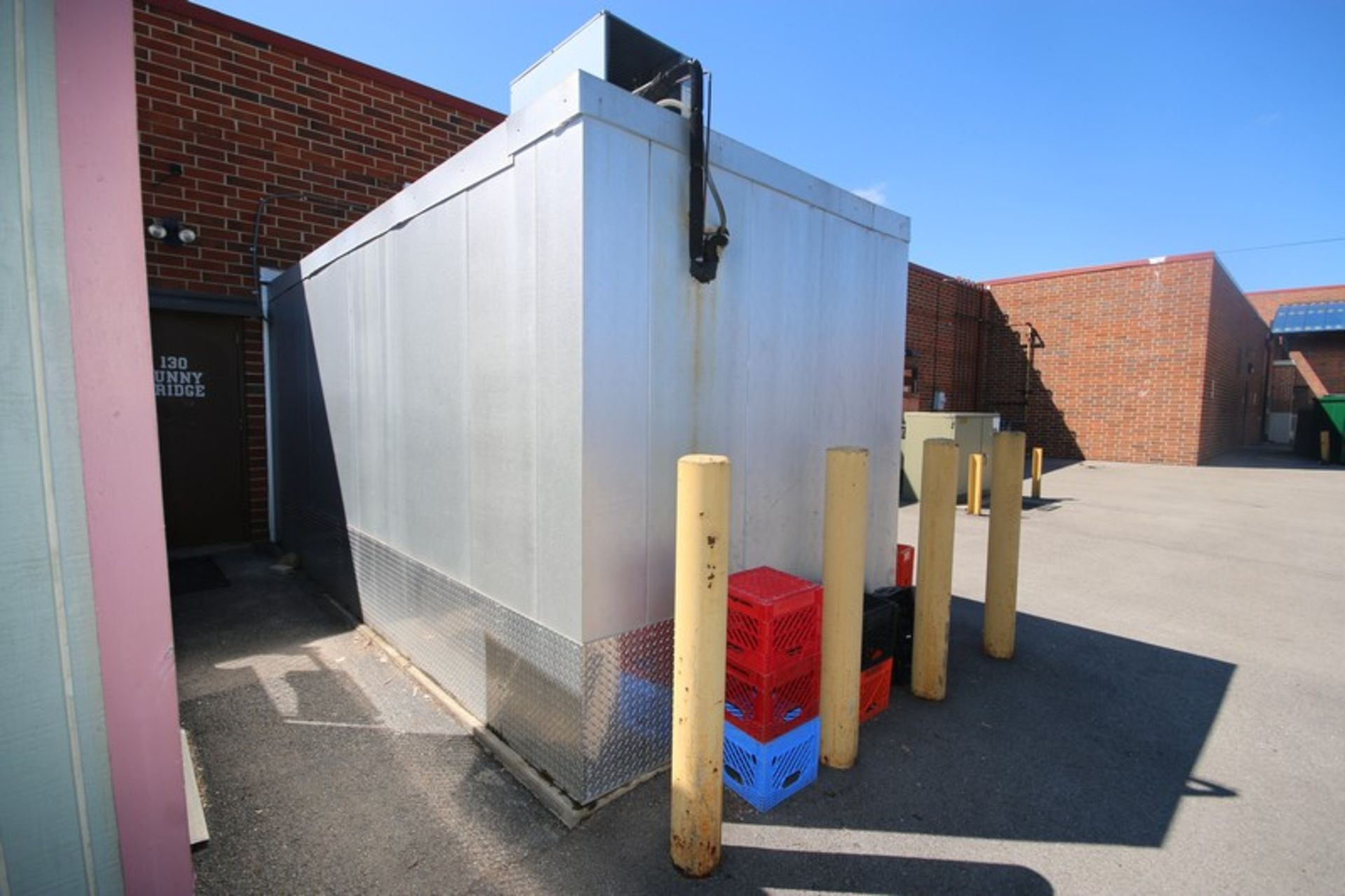 Harford Dual Compartment Walk-In Cooler & Freezer, S/N 410021576 & 410021576, Compartment Sizes: