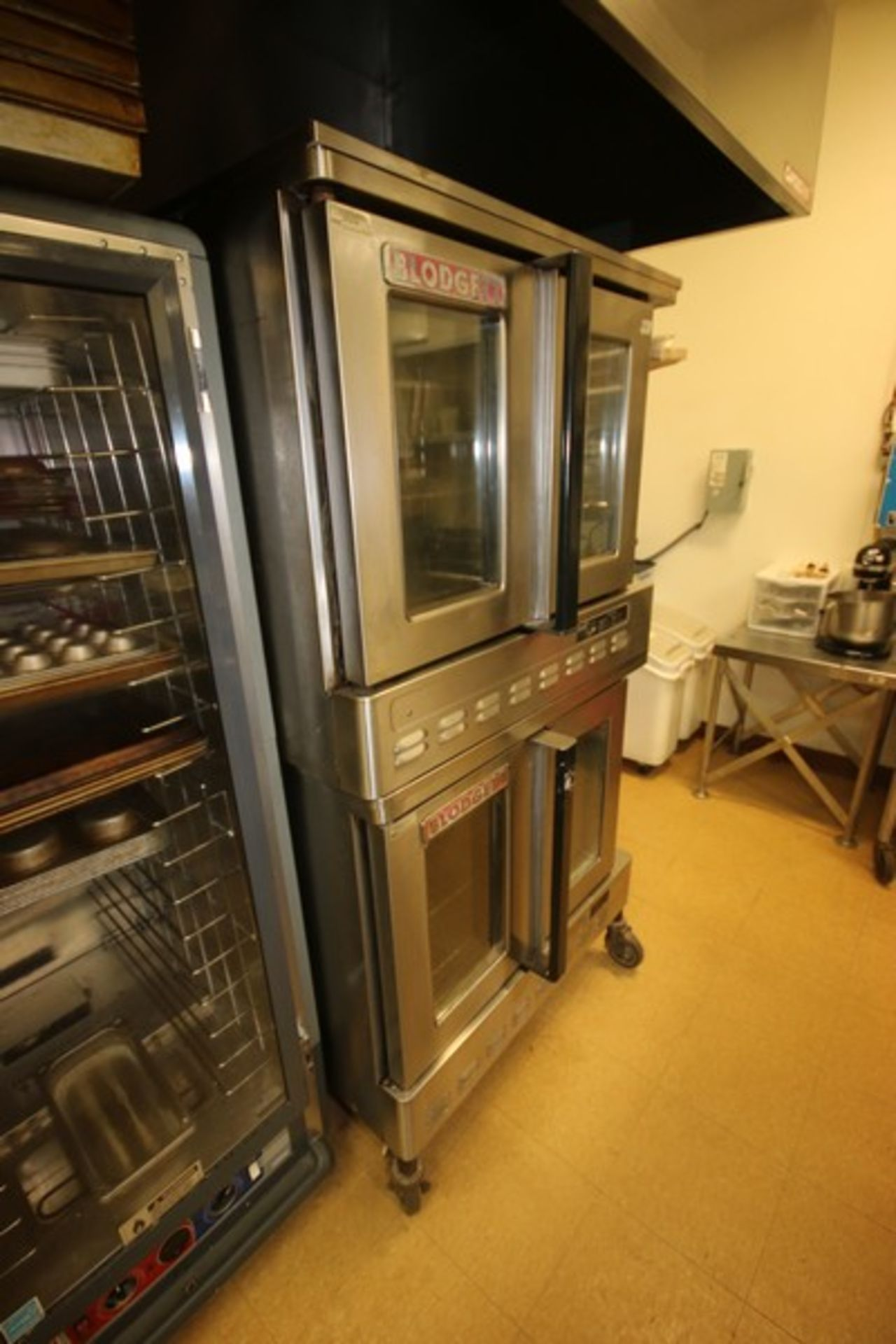 Blodgett Double Deck S/S Oven, with (3) Internal Wire Shelves In Each Compartment, Mounted on - Image 2 of 5