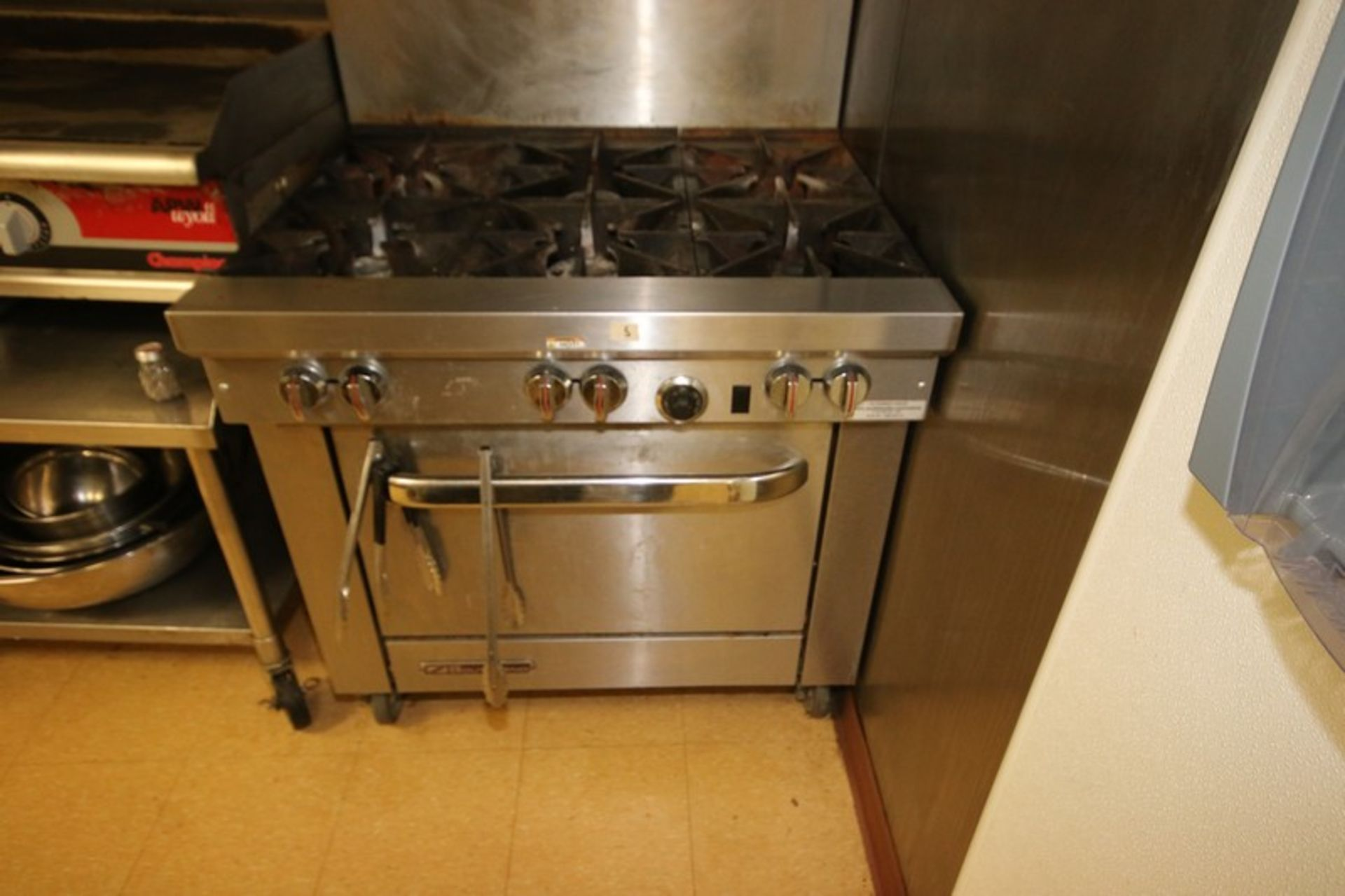 Southbend S/S 6-Burner Stove Top & Oven, S/N 10K13111, with S/S Top Shelf, Mounted on Portable Frame - Image 3 of 5