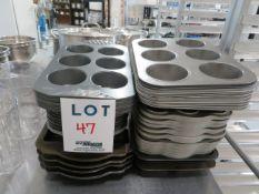 LOT including baking pans (44)