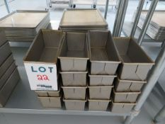 """LOT including baking pans 9 1/2"""" x 4 1/2"""" (16)"""