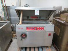 INAUEN MASCHINEN vacuum packaging machine, Mod: VC 999, 575 Volts