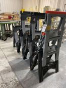 DeWalt Plastic Work Stands