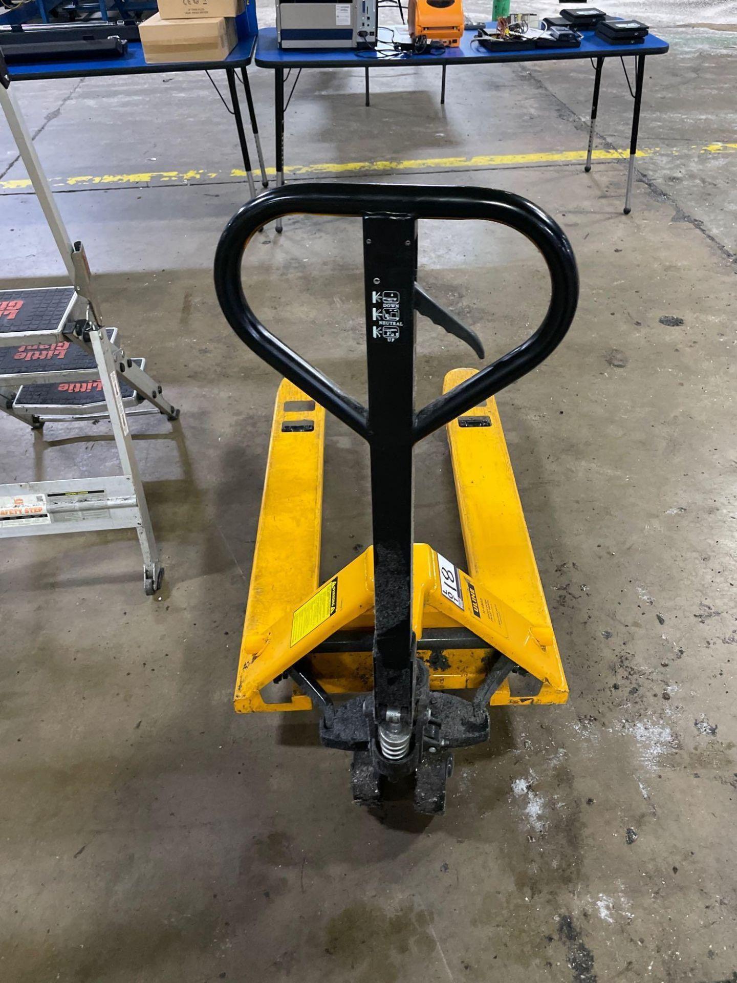 Uline Short Fork Pallet Jack, M/N- H-4803, S/N- 187800, 5,500lb Max Capacity, 42in Forks - Image 4 of 4