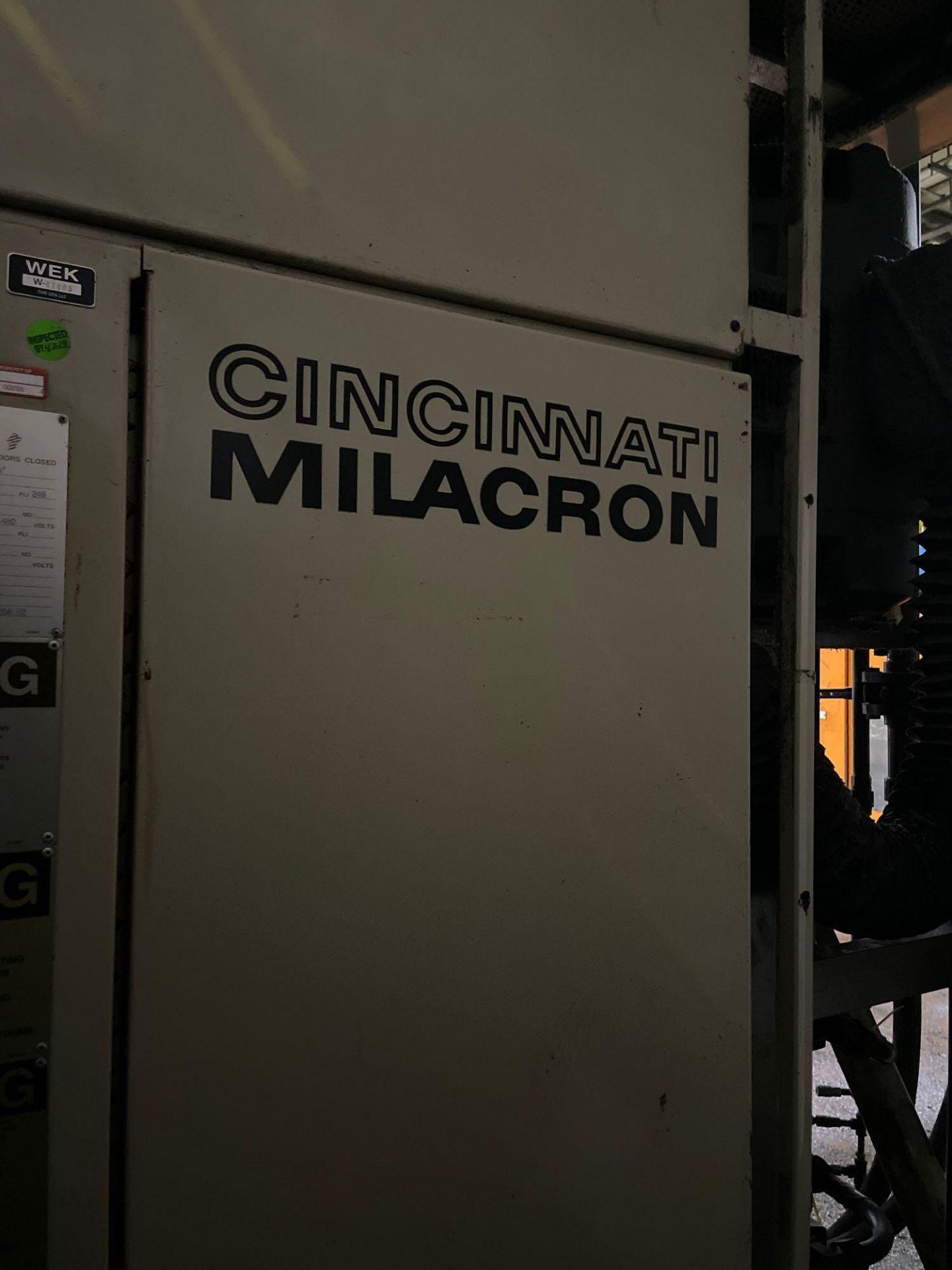 "5Lbs. Dual Head Cincinnati Milacron E90-D-5C Blow Molder, 3.5"" Screw Diameter, 48"" x 37"" Clear Plate - Image 10 of 10"