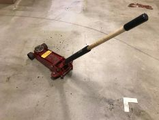 Macro Tools 2-Ton Heavy Duty Hydraulic Jack