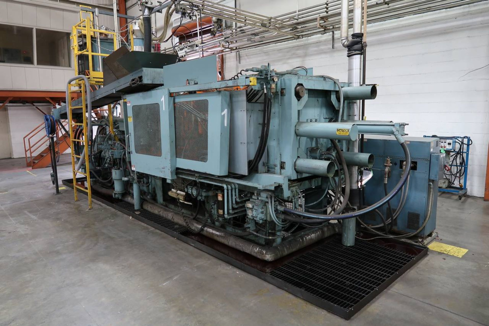1986 HPM 400-TP-20 400-Ton Thermo Plastic Injection Molding Press - Image 4 of 40