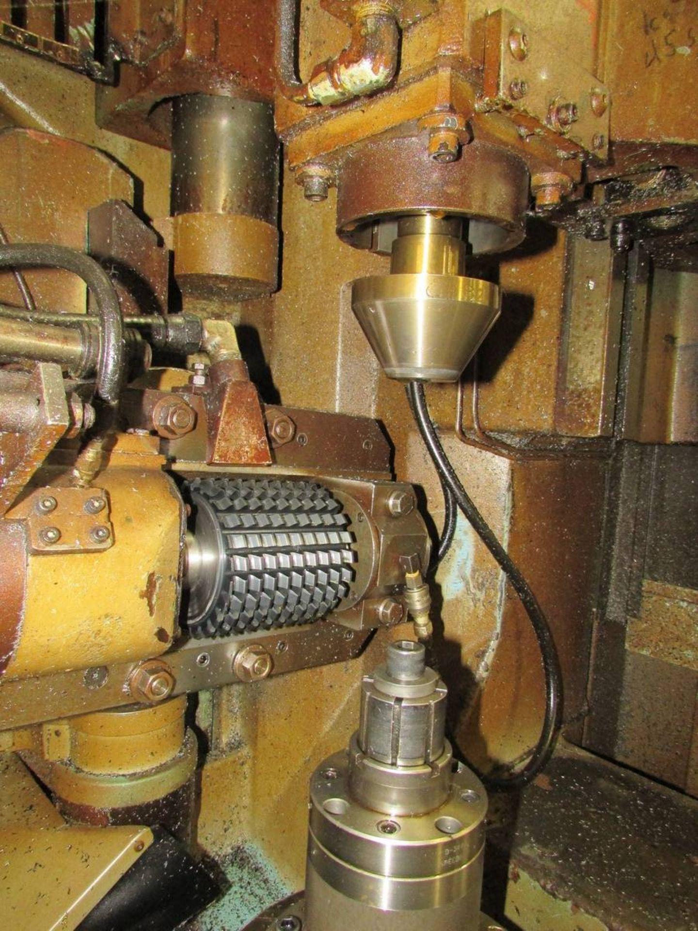 Cleveland/ Waterbury Farrel CR300-612-002 Universal CNC Gear Hobbing Machine - Image 5 of 19