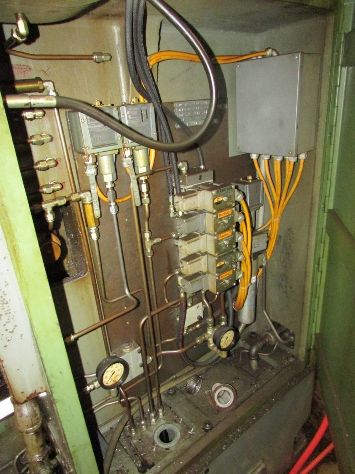 Barber Colman 18-04 Vertical Gear Shaping Machine - Image 12 of 19