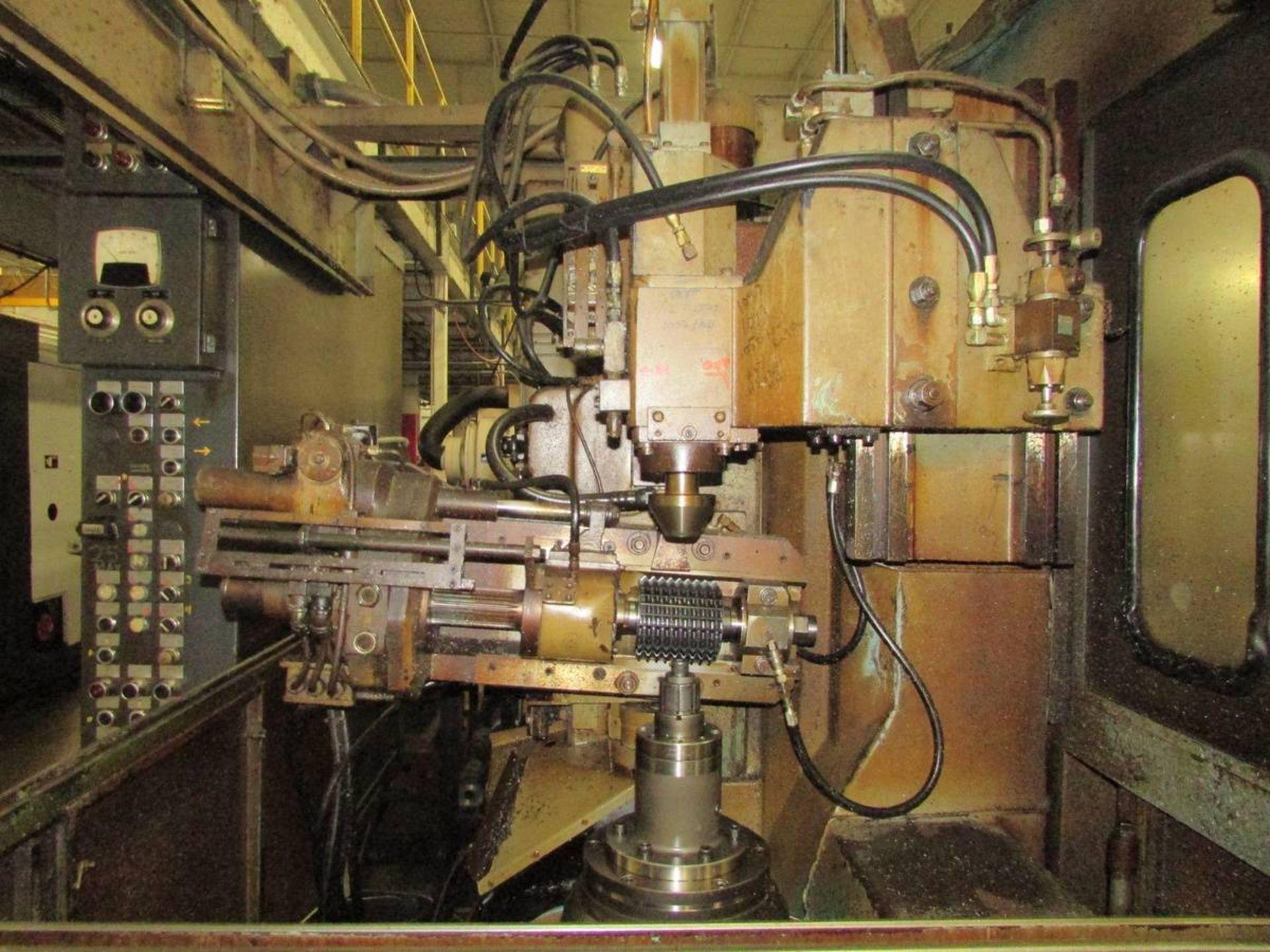 Cleveland/ Waterbury Farrel CR300-612-002 Universal CNC Gear Hobbing Machine - Image 3 of 19