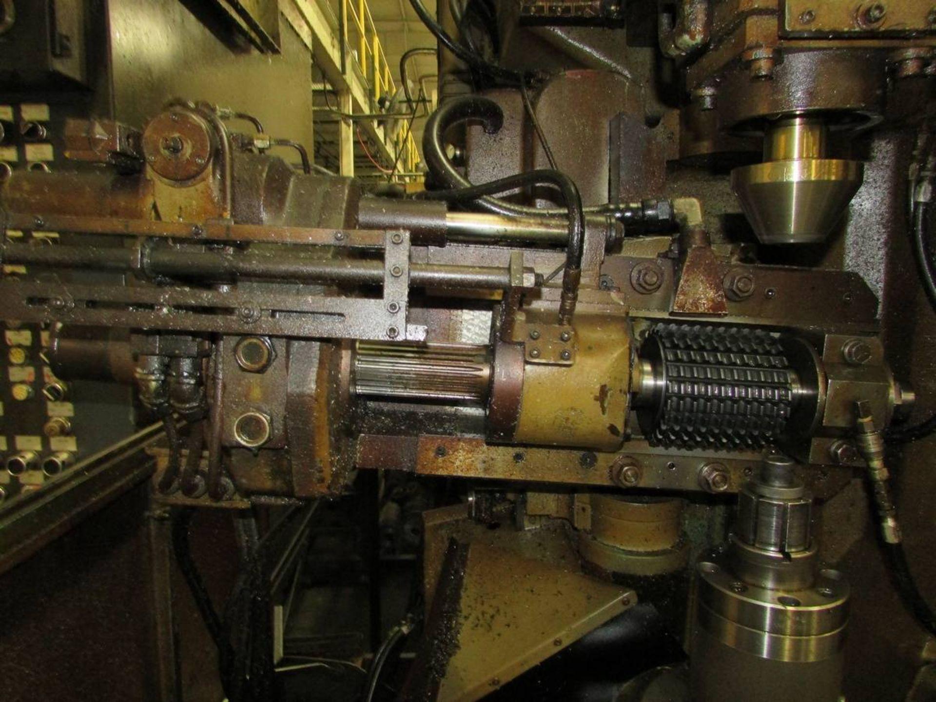 Cleveland/ Waterbury Farrel CR300-612-002 Universal CNC Gear Hobbing Machine - Image 4 of 19