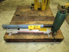 SPX OTC 4002 Single-Stage Manual Hydraulic Pump