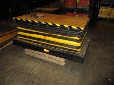 Wemco 6.500 Lb Capacity Portable Power Lift Table