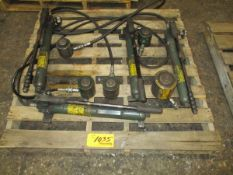 Lot of (4) Simplex Jacks with (5) Cylinders