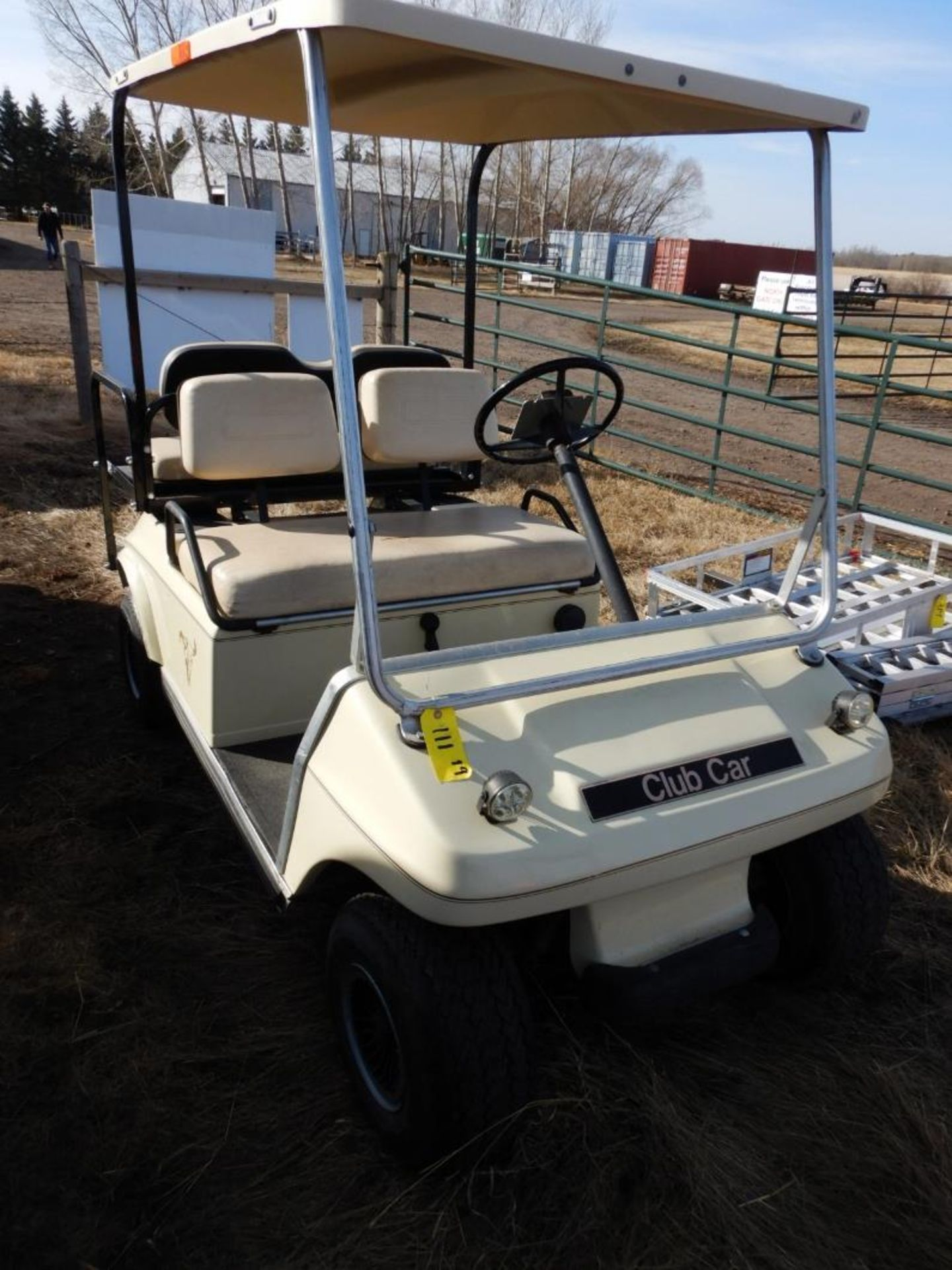 CLUB CAR GAS POWERED GOLF CART S/N AG9132254635 W/NEW BRAKES, BATTERY, REAR SEAT - Image 2 of 6