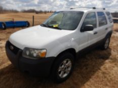 2005 FORD ESCAPE XLT, AWD, 3.0L V6, AUTOMATIC, POWER WINDOW, POWER DOOR LOCKS, 269,904 KM'S SHOWING,