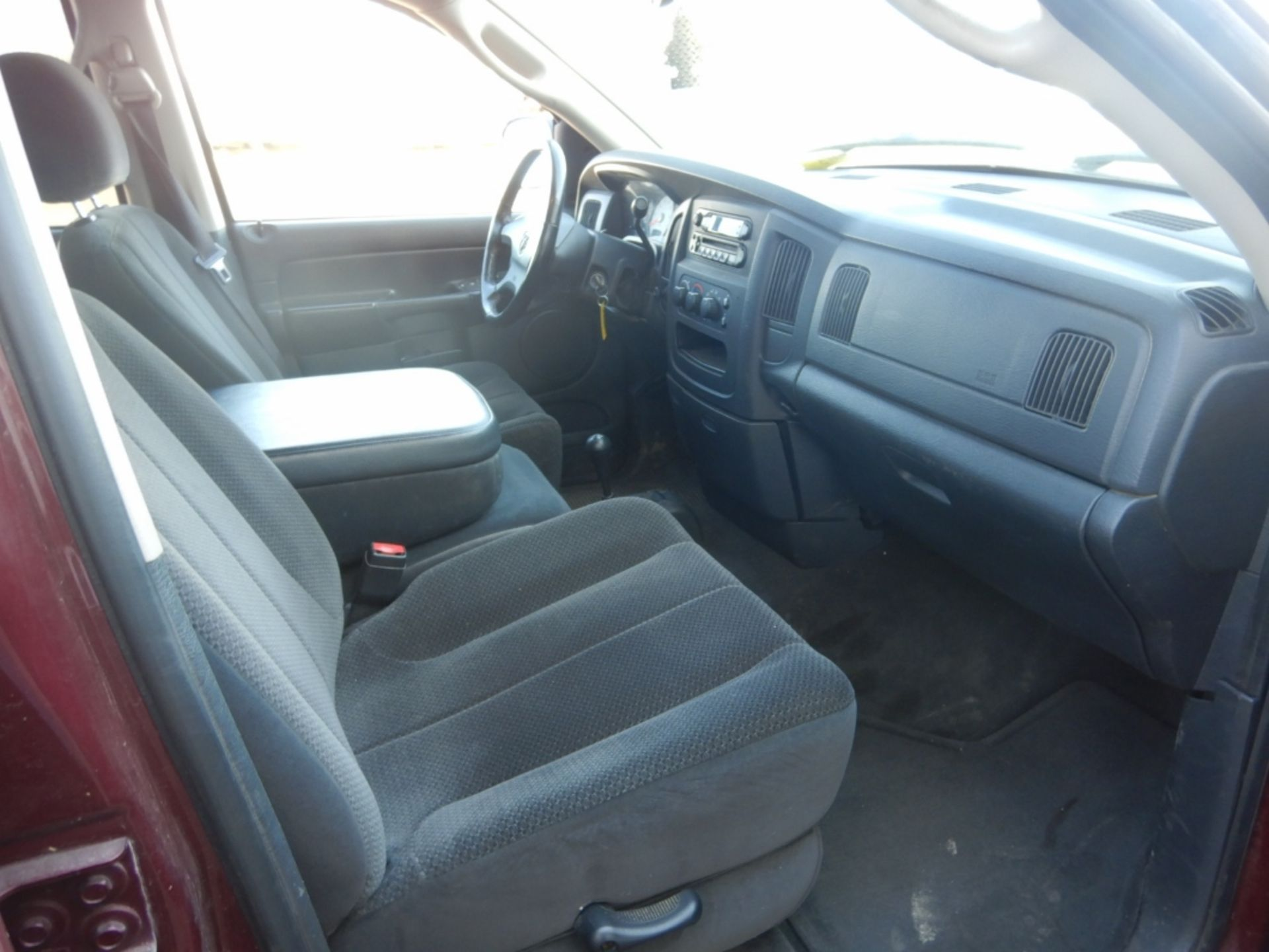 2003 DODGE RAM 1500 PICKUP, GAS, CREW CAB, SHORT BOX, AT, 248,000KM'S SHOWING, S/N - Image 10 of 11
