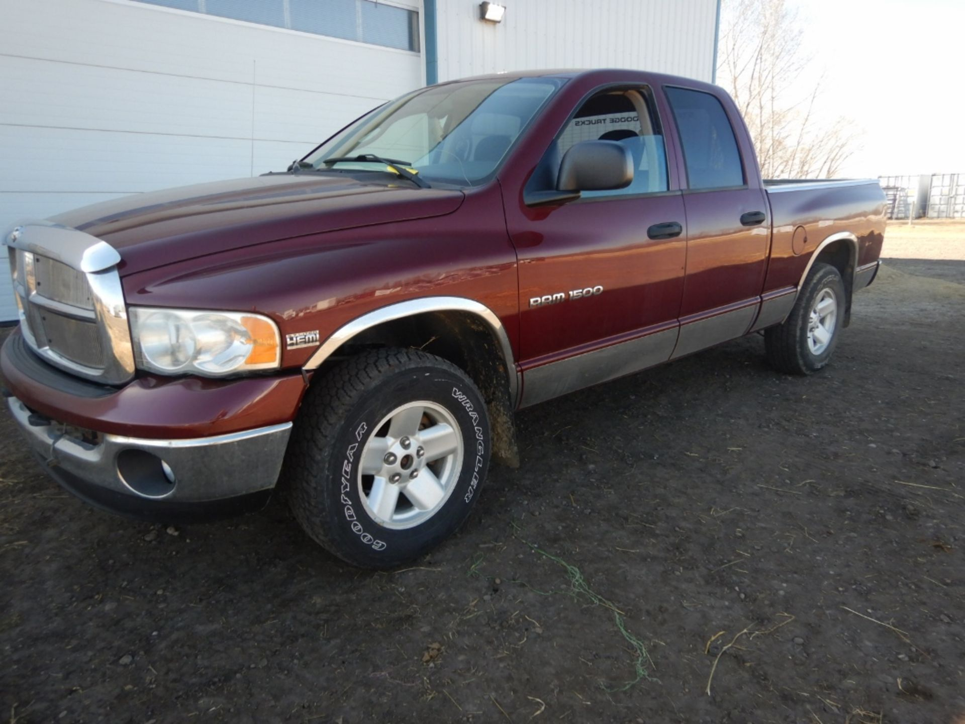 2003 DODGE RAM 1500 PICKUP, GAS, CREW CAB, SHORT BOX, AT, 248,000KM'S SHOWING, S/N - Image 4 of 11