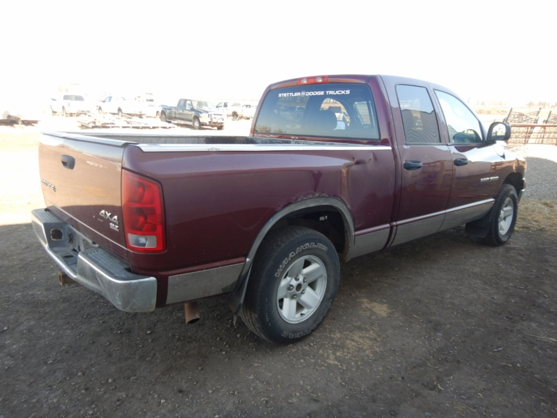 2003 DODGE RAM 1500 PICKUP, GAS, CREW CAB, SHORT BOX, AT, 248,000KM'S SHOWING, S/N - Image 6 of 11
