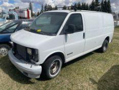 1999 GMC CARGO VAN W/5.7L 170,185 KM SHOWING, S/N 1GTFG15M2Y1138630, ENGINE NEEDS REPAIR