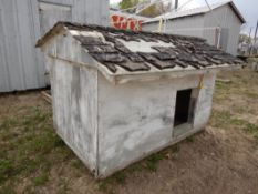 DOG HOUSE INSULATED 84INCH X 48INCH
