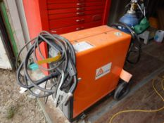 ACKLANDS AK-MATIC 1250MP MIG WELDER C/W GAS BOTTLE AND CABLES