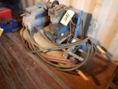 ENGLO 1.5HP TWIN TANK COMPRESSOR - WHEEL BARROW TYPE