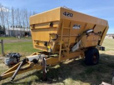 1981 MOHRLANG 420 TMR FEED MIXER WAGON, S/N 282, MODEL MB420, (SCALE NOT WORKING)