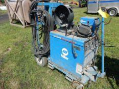 MILLER DIAMENTIONAL 302 CC/CV/DC POWER SOURCE WELDER W/MILLER S-60 24 V WIRE FEEDER W/CART,