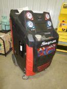 SNAP-ON POLARTEK DUAL REFRIGERANT MACHINE (R134A & R1234YF CAPABLE) S/N 1806445 PT# EEAC334
