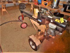 31-TON LOG SPLITTER W/ATV JEEP HITCH W/9 HP HONDA ENGINE S/N 037-62610