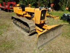 JOHN DEERE 450 CRAWLER W/6 WAY HYD. ANGLE BLADE 1609 HOURS SHOWING, GOOD UNDER CARRIAGE