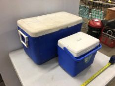 COLEMAN 23INX15INX13IN INSULATED COOLER AND SMALL LUNCH BOX COOLER