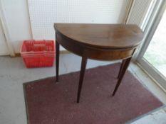"MAHOGANY ROUND GATE LEG TABLE CA. 1860 34""DIA 29""H"