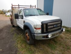 2008 FORD F550 XL 4X4 6.8L V10 TRITON, A/T, DUALLY, 250,516 KM'S SHOWING, W/ 5TH HITCH, TOOLBOXES