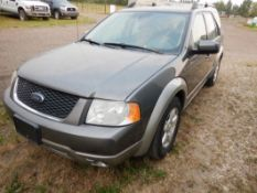 2006 FORD FREESTYLE AWD, 7 PASSENGER HATCH BACK, W/ CLOTH, ROOF RACK, POWER DRIVER SEAT, 255,706 KM